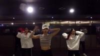 美女舞团跳很火的《Samsara》舞蹈,这个编舞简单又好学!
