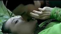 《十面埋伏》章子怡金城武草地激情戏精彩片段