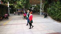 海韵老师与廖姐练习恰恰舞