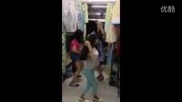 美女学生妹们宿舍自拍性感舞蹈,如此疯狂