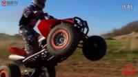 实拍越野摩托ATV沙滩玩耍