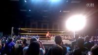 WWE NXT现场秀芬·巴洛尔为萨摩亚·乔庆祝