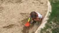 玩沙子 沙滩玩具(宝宝两岁两个月了)