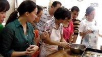 11-03上午广州市残疾人西点培训肠仔包毛毛虫过程中。。。