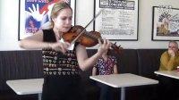莱拉.约瑟芙维茨 Leila Josefowicz 咖啡厅里的小提琴演奏:笑的失传
