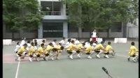 给一年级小学生的足球课