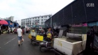 老外逛中国长沙菜市场先去买肉