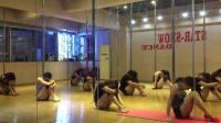 星秀钢管舞小班舞蹈培训成都钢管舞爵士舞