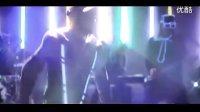 视频: MC HotDog 熱狗《嗨嗨人生》官方 MV Feat. A-Yue關穎http:www.ky
