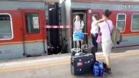 韩国人游中国 坐火车从成都到拉萨(1/2)