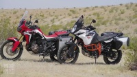 长途拉力对决:2017KTM 1090 Adventure R vs. Honda Africa Twin