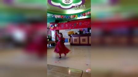 舞蹈吉祥视频谣儿童撞车祸独舞图片