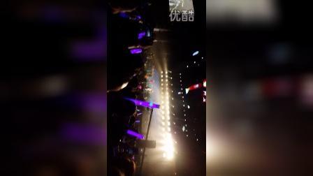 """演唱会开场《在木星》_朴树""""好好地""""上海站_20151024"""