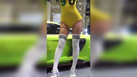 2016 Seoul Auto Salon 赛车模特 黄衣美女大摆POS