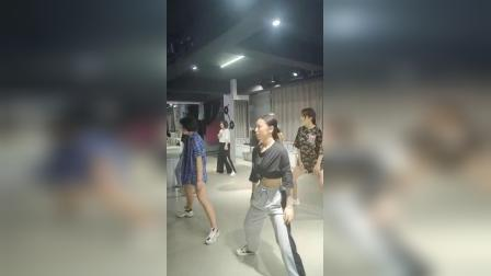 合肥流行爵士舞韩舞 欧美编舞 立晨舞蹈成人教学 钢管舞 古典舞 街舞 酒吧领舞 商演